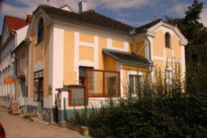KCPST - Budova